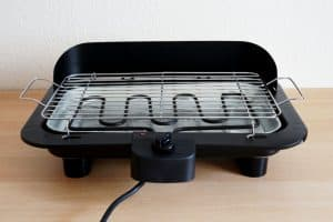 How to Clean Electric Grills Easily: A Brief Guide